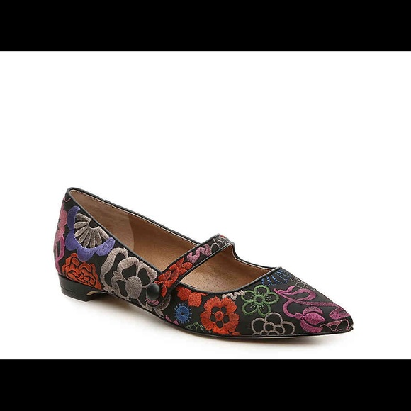 new lifestyle quality skate shoes Tahari Embroidered Flats